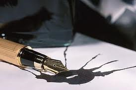 Image of fountain pen spilling ink